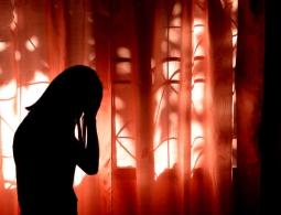 Сон в комнате, куда проникает свет, может привести к депрессии