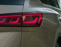Новый Volkswagen Touareg показали на видео